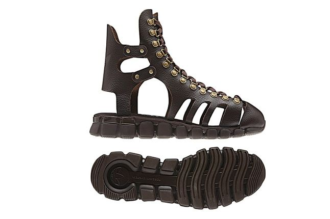 Jeremy Scott Mega Flex Sandal 01 1