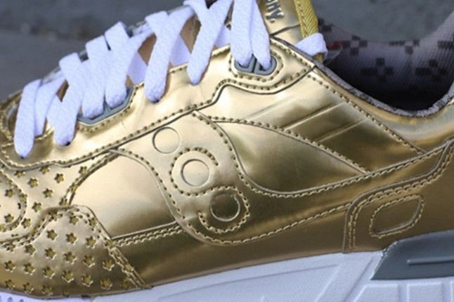 Play Cloths Saucony Gold Side Panel 1