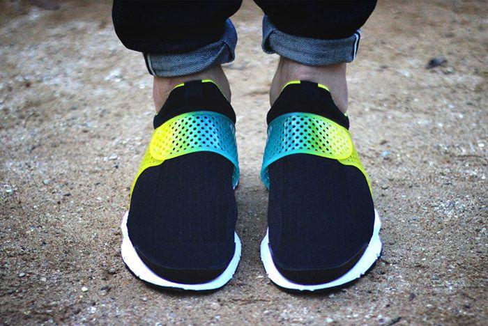 Nike Id Sock Dart Gradient Neon Fade Strap 2