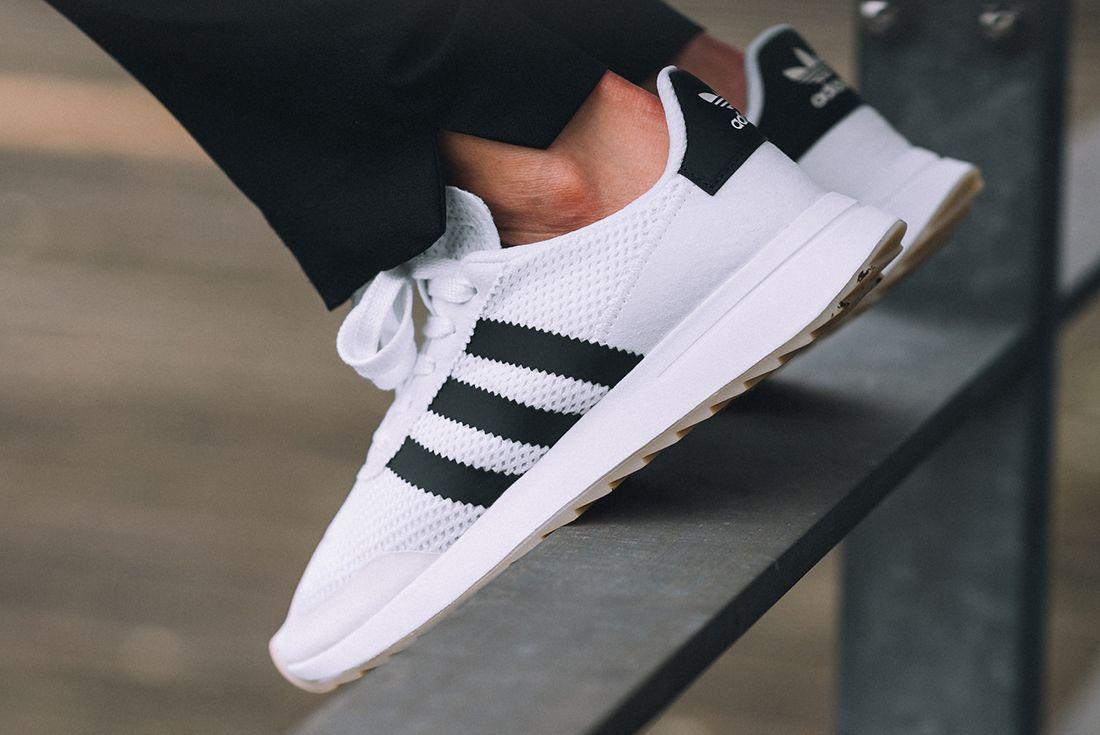 Adidas Flashback 7