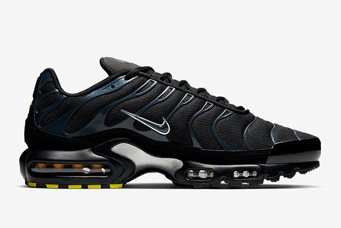 Nike Air Max Plus Black Blue Right