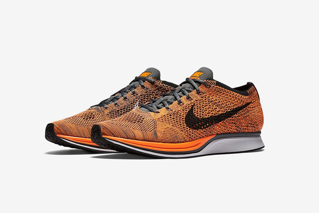 Nike Flyknit Racer Total Orange