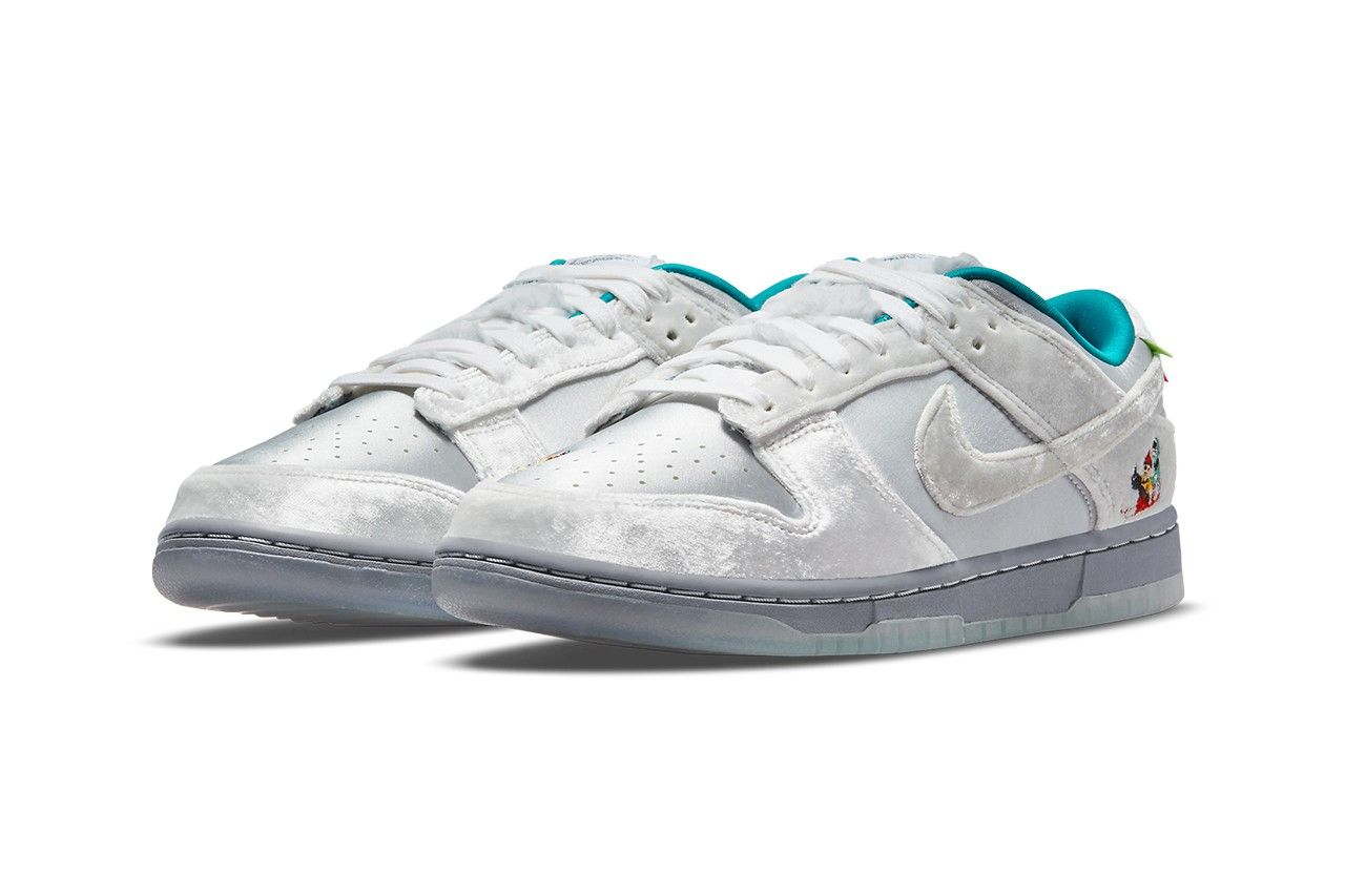 Nike Dunk Low Christmas