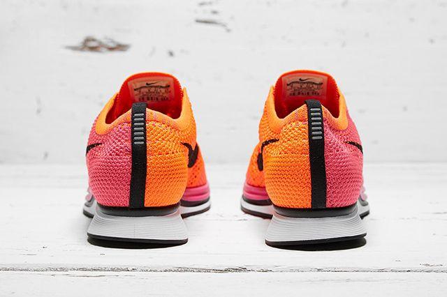 Nike Flyknit Racer Pink Flash 3
