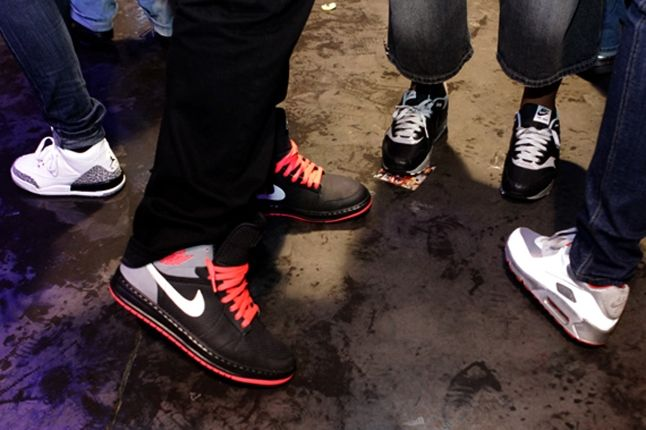 Sneakerpedia Launch 30 1
