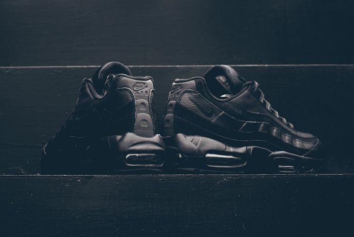 Nike Air Max 95 Black Out