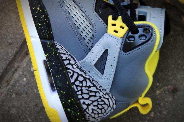 Air Jordan Spizike Yellow Grey Black 4