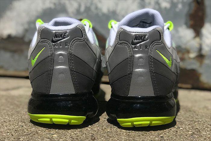 Nike Air Vapormax 95 Neon 1