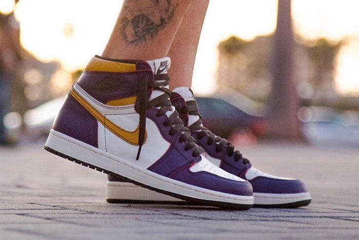 Nike Sb X Air Jordan 1 Lakers Up Close 1