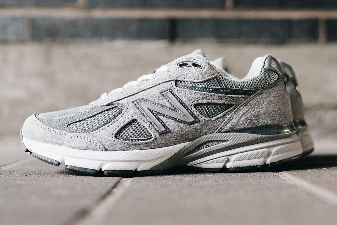 New Balance 990 V4 13