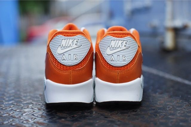 Nike Air Max 90 Solar Orange 3