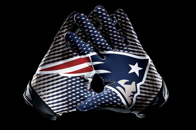 New England Patriots Glove 1