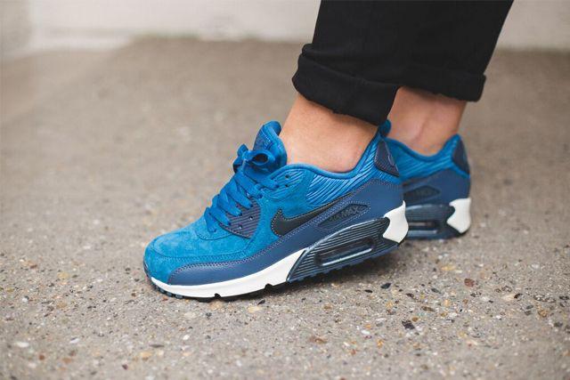 Nike Am90 Blue 2