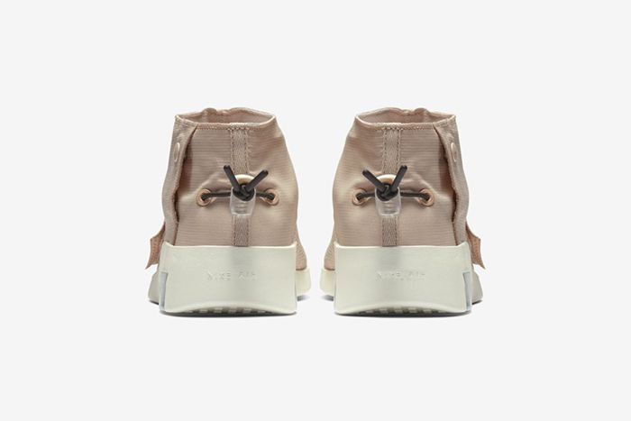 Nike Air Fear Of God Moc Particle Beige At8086 200 Release Date Heel