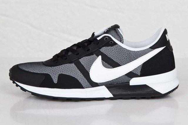Nike Air Pegasus 83 30 Black White 1