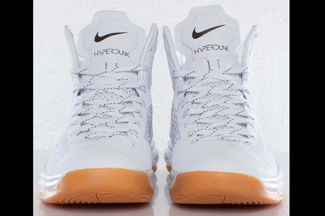 Undftd X Nike Hyperdunk Front 1