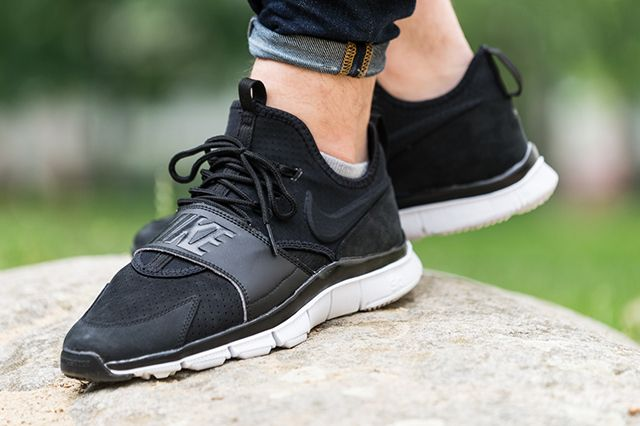Nike Free Ace Leather Black White 1