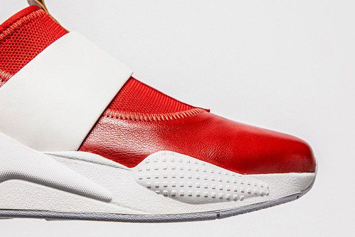 Shoe Surgeon Puma Sonic The Hedgehog Shoes Toe Detail