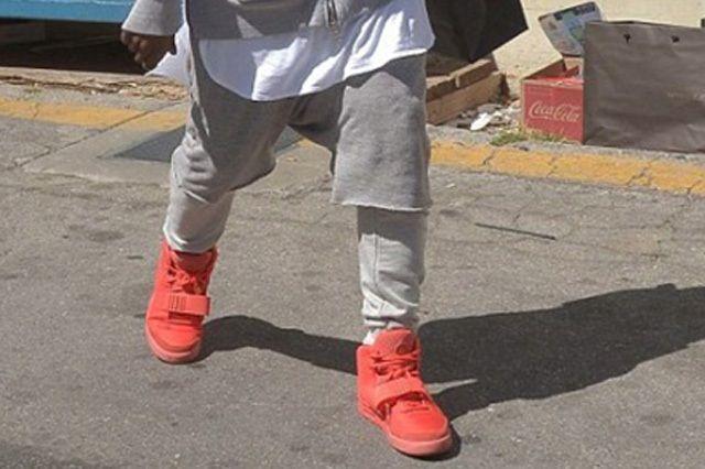 Kanye West Yeezy 2 Nike Red October 1