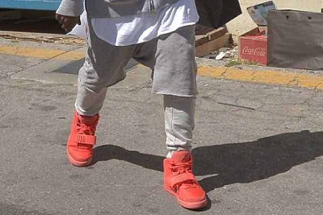 Kanye West Yeezy 2 Nike Red October 1