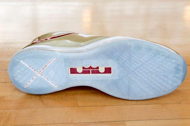 Nike Lebron X Gold Sole 1