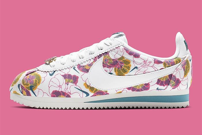 Nike Cortez Av1338 001 Floral Pack Womens Side Shot 6