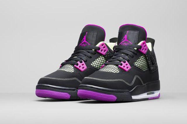 Air Jordan 4 Wmns Black Grape