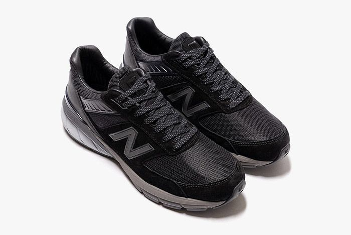 Haven New Balance 990V5 Front Angle