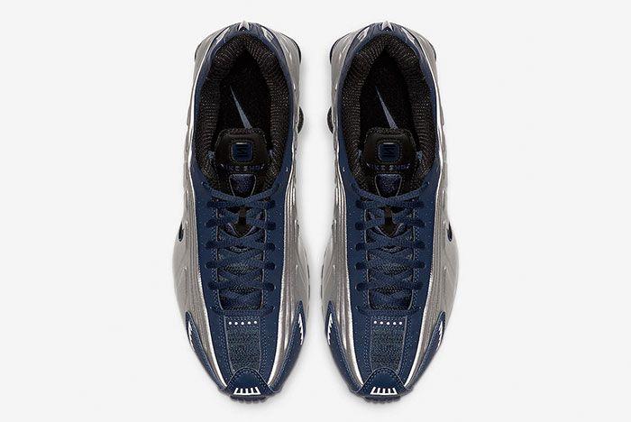 Nike Shox R4 Midnight Navy Metallic Silver 104265 405 Top