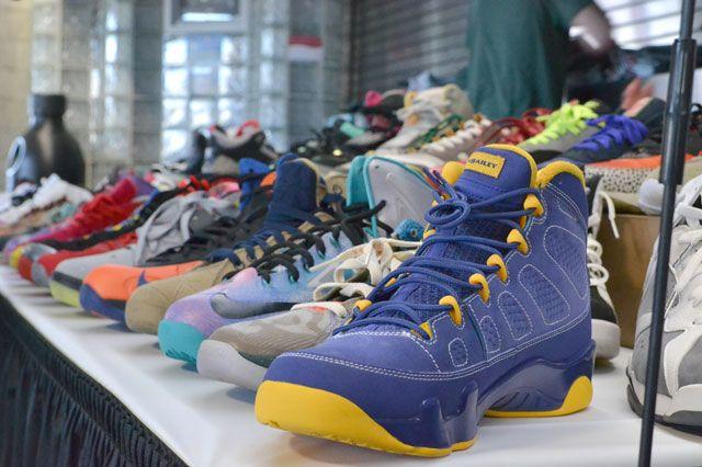 Bucks Sneaker Summit 35
