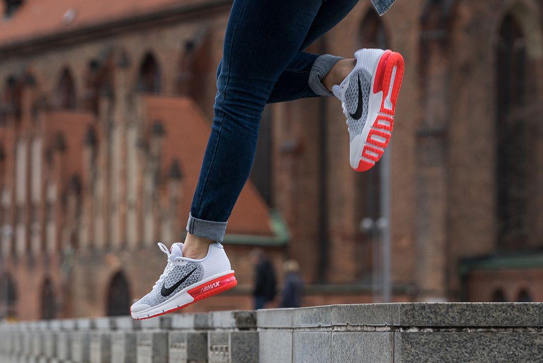 Nike Air Max Sequent 2 Gs White Bright Crimson
