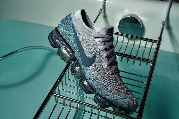 Nike Air Vapormax Blue Speckle Sole 1