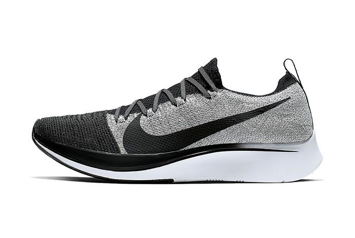 Nike Zoom Fly Flyknit White Black 4