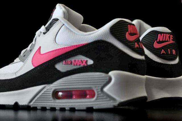 Nike Air Max 90 Hyper Pink 5