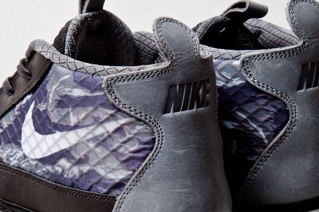 Nike Solarsoft Chukkasin Black Wolf Grey 6 1