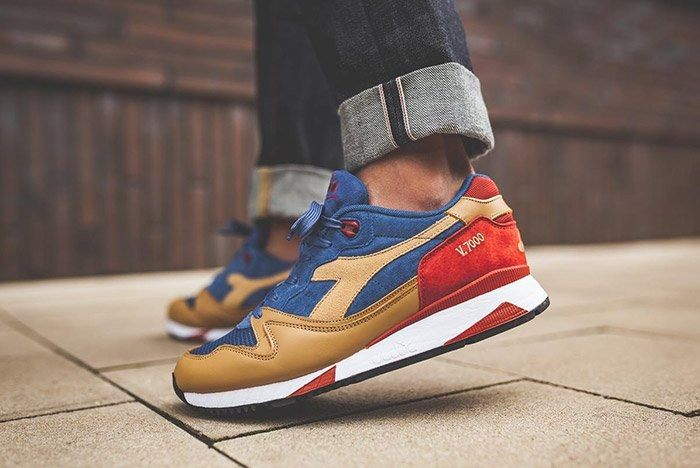 Diadora V7000 Dutch Blue 1