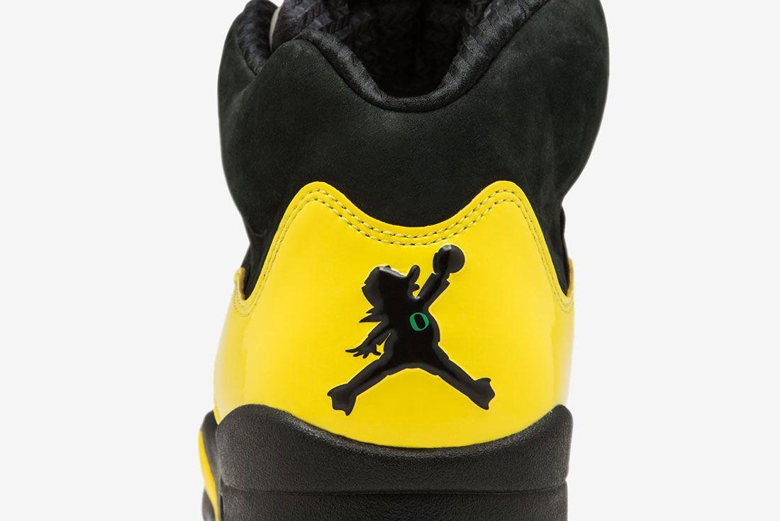 Air Jordan Ducks 19