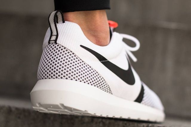Nike Roshe Run Nm Breeze White Balck Hot Lava 03