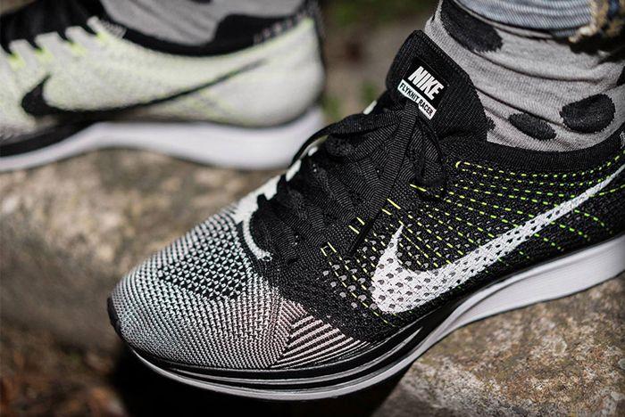 Nike Flyknit Racer Volt Flywire 1
