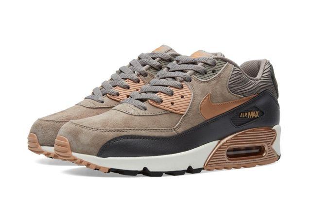 Nike Air Max 90 Wmns (Rose Bronze/Iron) - Sneaker Freaker
