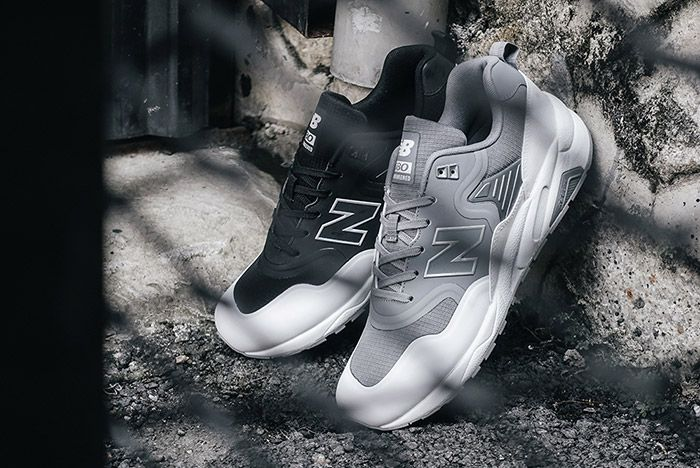New Balance 580 Deconstructed Black White Gunmetal Grey 1