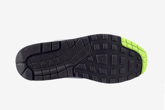 Nike Air Max 1 Dark Grey Volt 2