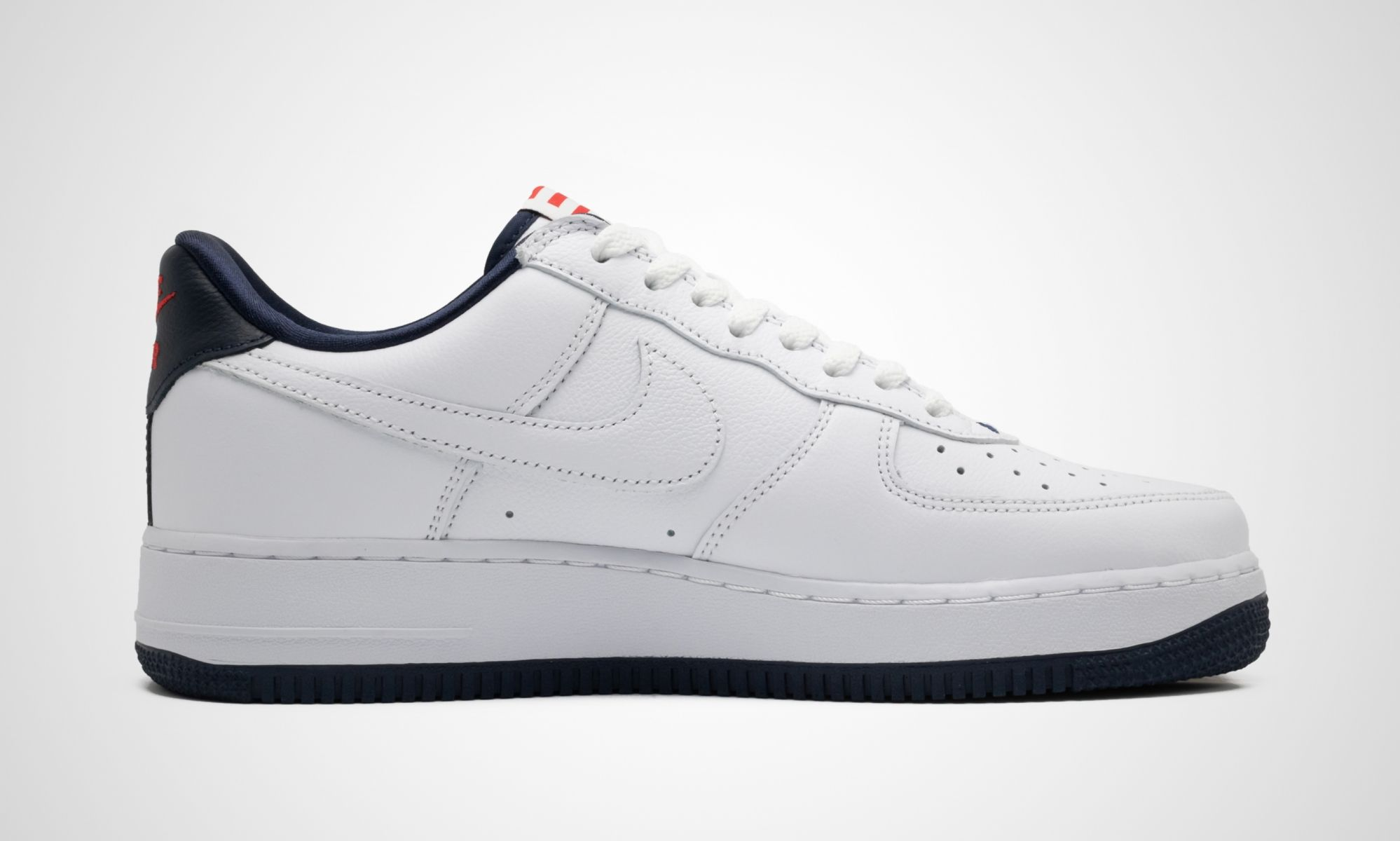 Nike Air Force 1 Puerto Rico Right