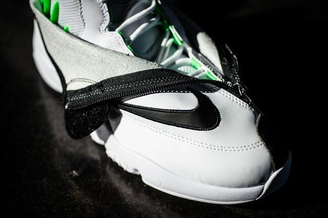 Nike Air Zoom Flight The Glove White Black Poison Green 4