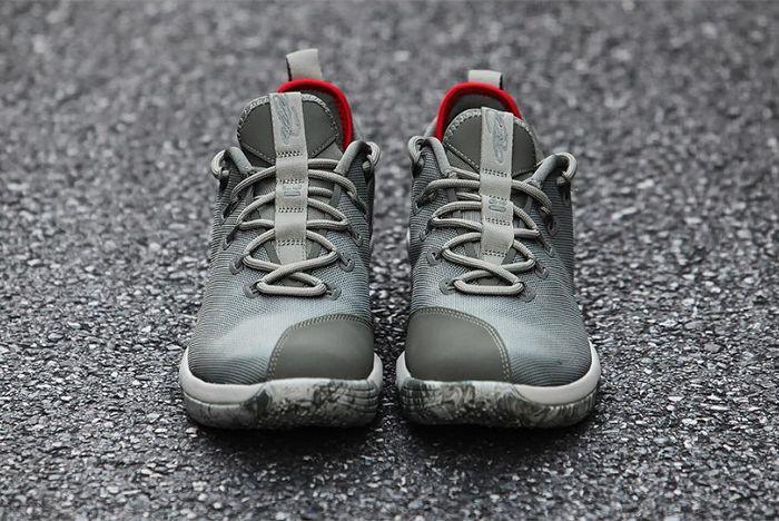 Nike Lebron 14 Low 1