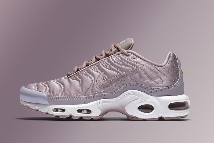 Nike Air Max Plus Summer Pack Feature