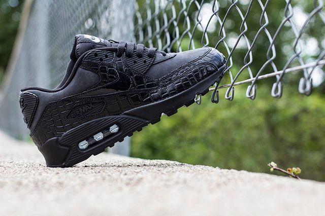 Nike Wmns Air Max 90 Patent Croc 4