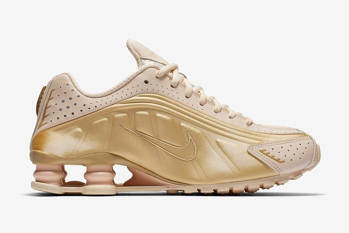 Nike Shox R4 Guava Ice Metallic Gold Medial