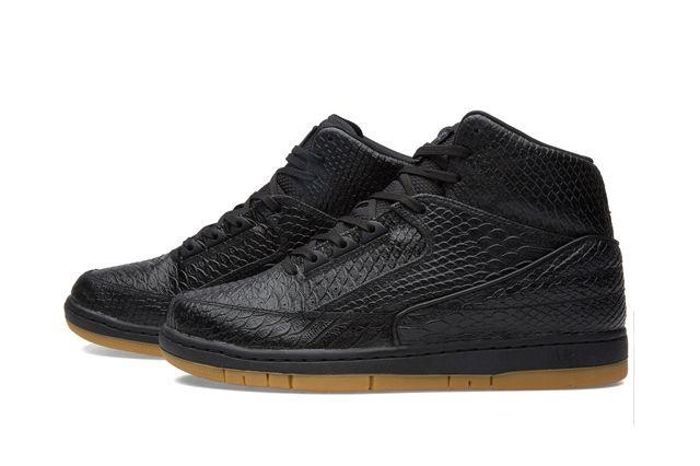 Nike Air Python Black Gum Bumper 3