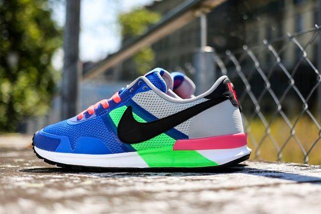 Nike Air Pegasus 8330 Royal Blue Poison Green 2